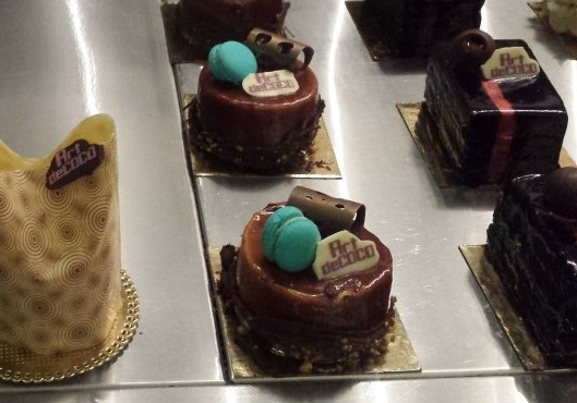 CAKES & CAKES.....ALL MADE WITH CHOCOLATE